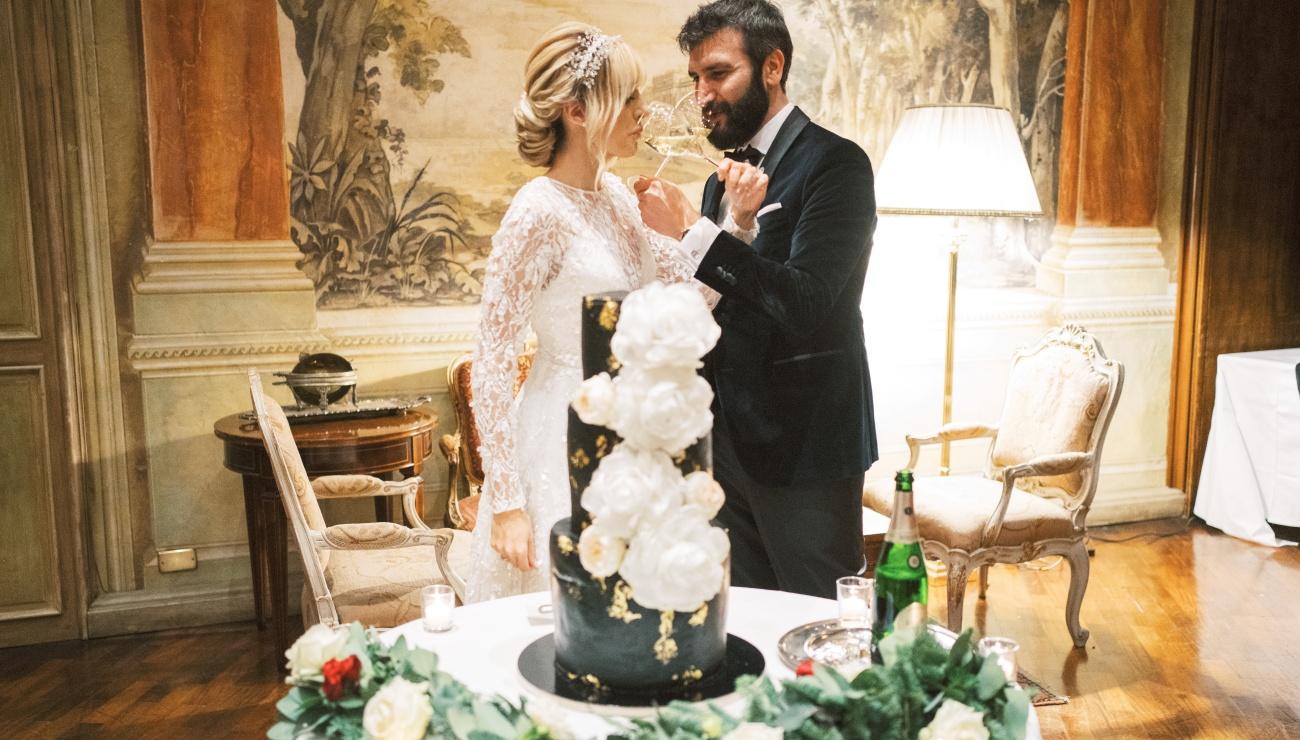 24_Taglio-torta-sposi